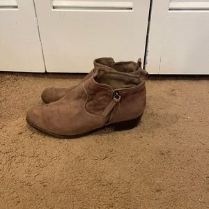 Arizona Taupe Ankle Bootie Women's Size 9